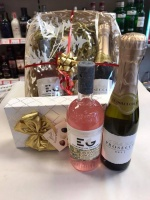 Edinburgh Gin and Prosecco Gift Basket